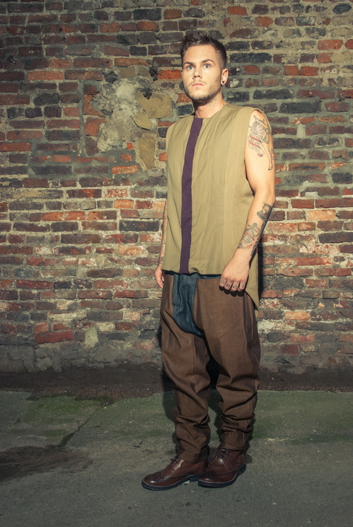 zaramia-ava-zaramiaava-leeds-fashion-designer-ethical-sustainable-tailored-minimalist-versatile-drape-taupe-black-shirt-vest-top-denim-trousers-brown-styling-menswear-model-photoshoot--8