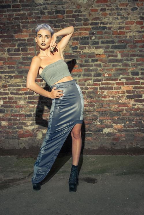 zaramia-ava-zaramiaava-leeds-fashion-designer-ethical-sustainable-tailored-minimalist-versatile-drape-bodysuit-bandeau-skirt-maxi-panels-print-belt-styling-womenswear-model-photoshoot-50