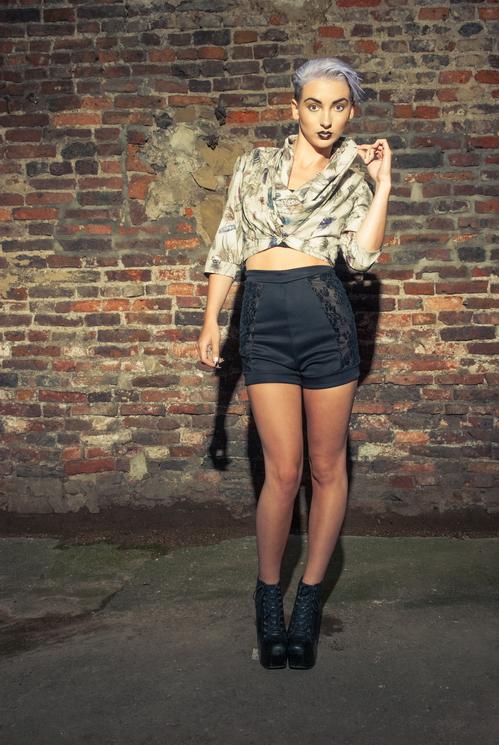 zaramia-ava-zaramiaava-leeds-fashion-designer-ethical-sustainable-tailored-minimalist-versatile-drape-bodysuit-bandeau-skirt-shorts-midi-crop-jacket-panels-print-belt-styling-womenswear-model-64
