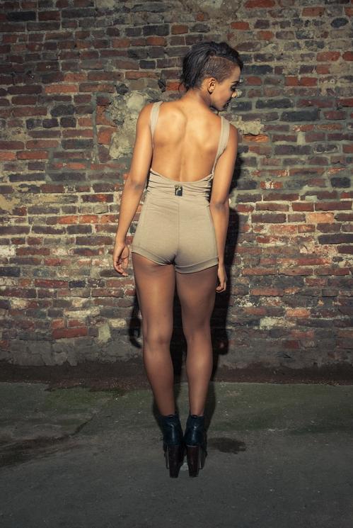 zaramia-ava-zaramiaava-leeds-fashion-designer-ethical-sustainable-tailored-minimalist-versatile-drape-bodysuit-print-bandeau-shorts-panels-black-belt-styling-womenswear-model-photoshoot--22