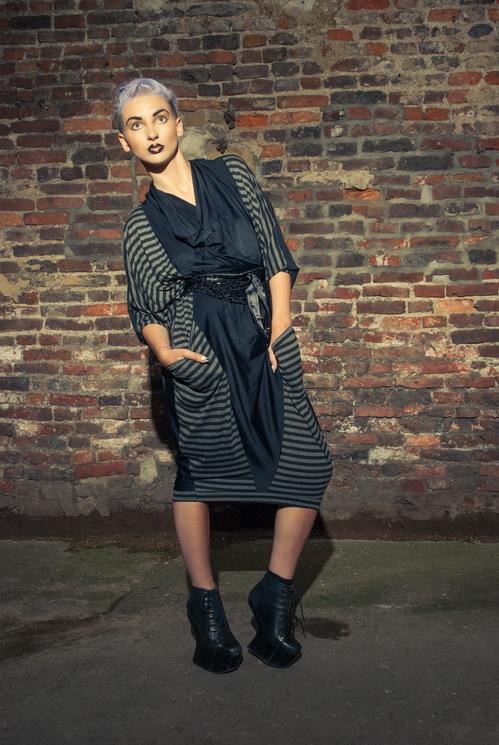 zaramia-ava-zaramiaava-leeds-fashion-designer-ethical-sustainable-tailored-minimalist-versatile-drape-wrap-dress-cowl-bodysuit-aya-midi-panels-print-belt-styling-womenswear-model-photoshoot--81