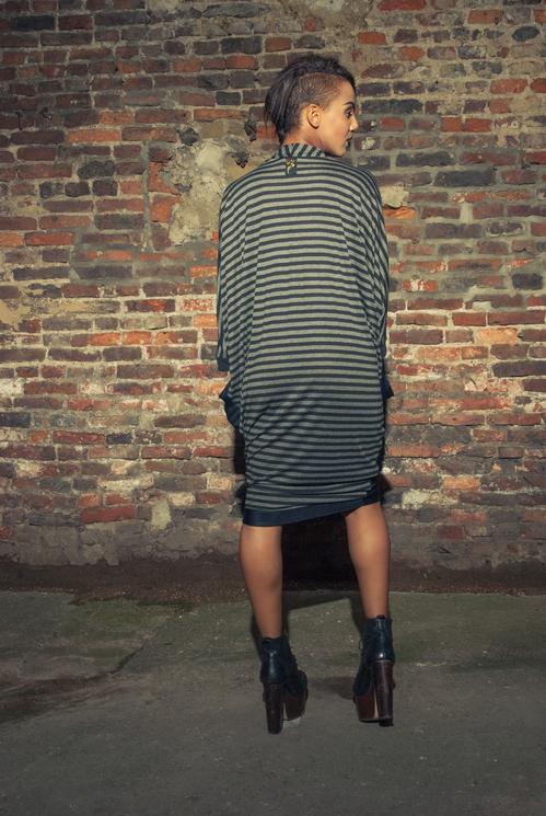 zaramia-ava-zaramiaava-leeds-fashion-designer-ethical-sustainable-tailored-minimalist-versatile-drape-wrap-dress-cowl-bodysuit-aya-midi-panels-print-belt-styling-womenswear-model-photoshoot--82