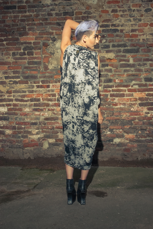 zaramia-ava-zaramiaava-leeds-fashion-designer-ethical-sustainable-tailored-minimalist-versatile-drape-wrap-dress-cowl-bodysuit-aya-midi-panels-print-belt-styling-womenswear-model-photoshoot--88