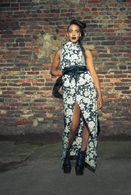 zaramia-ava-zaramiaava-leeds-fashion-designer-ethical-sustainable-tailored-minimalist-versatile-drape-wrap-dress-cowl-bodysuit-bandeau-skirt-shorts-midi-crop-jacket-panels-print-belt-styling-74