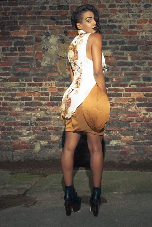zaramia-ava-zaramiaava-leeds-fashion-designer-ethical-sustainable-tailored-minimalist-versatile-drape-mustard-print-padding-shirt-top-skirt-styling-womenswear-model-photoshoot--2