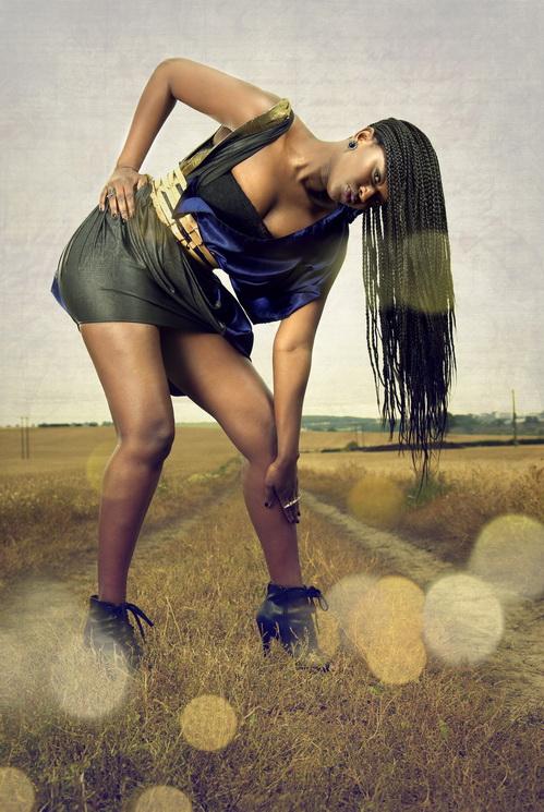 zaramia-ava-zaramiaava-leeds-fashion-designer-ethical-sustainable-tailored-minimalist-versatile-drape-wrap-dress-cowl-panels-print-belt-styling-womenswear-model-photoshoot-location-zara-mia-11