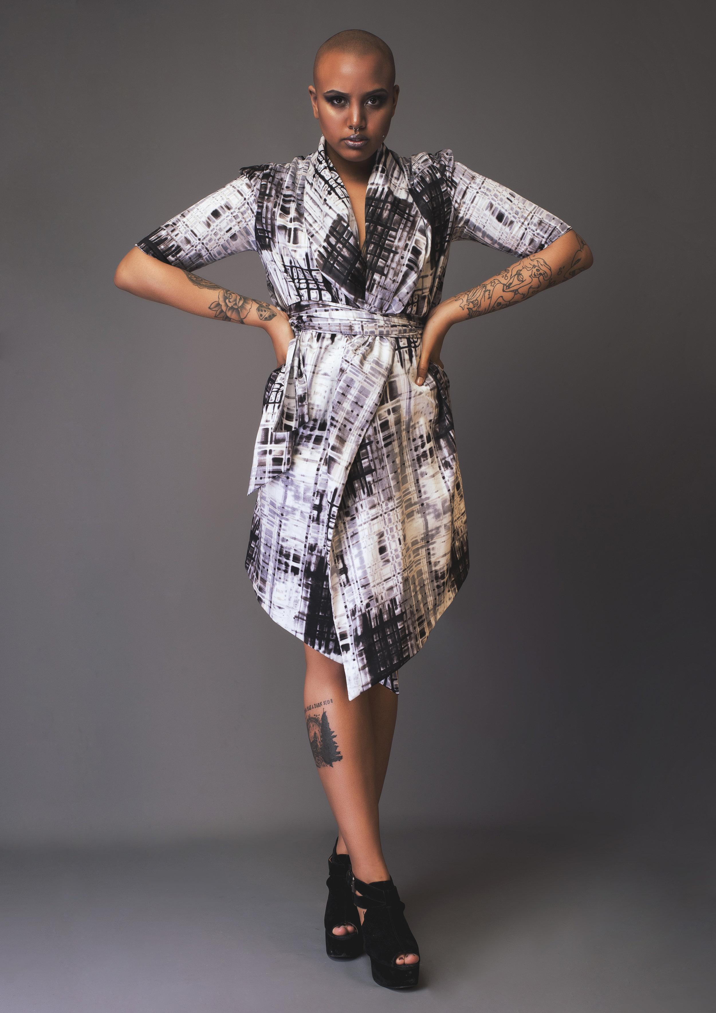 zaramia-ava-zaramiaava-leeds-fashion-designer-leedsfashiondesigner-stylist-leeds-stylist-leedsstylist-ethical-sustainable-minimalist-versatile-drape-wrap-grey-cowl-mai-dress-jacket-3