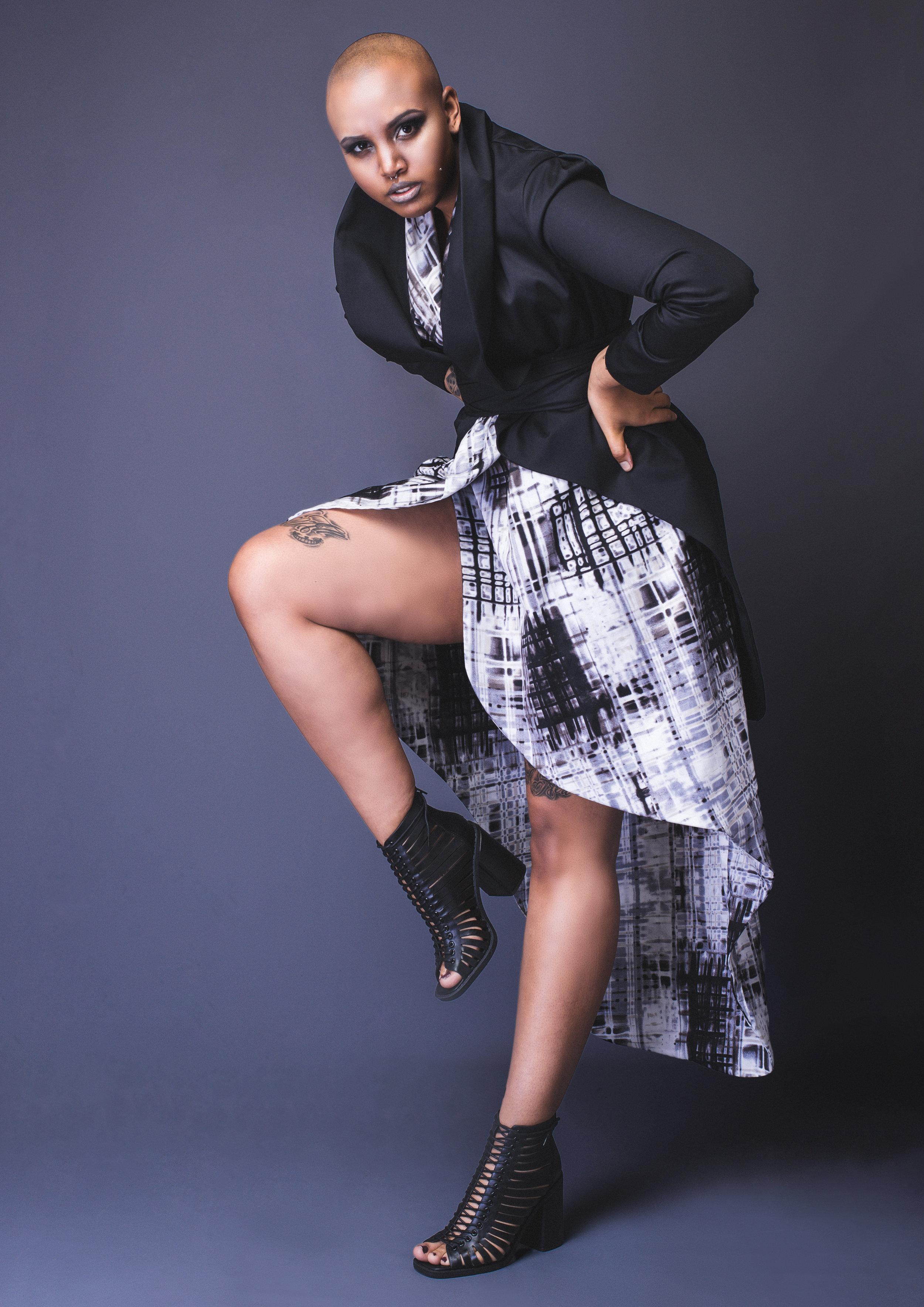 zaramia-ava-zaramiaava-leeds-fashion-designer-leedsfashiondesigner-stylist-leeds-stylist-leedsstylist-ethical-sustainable-minimalist-versatile-drape-wrap-grey-cowl-soro-dress-yuo-jacket-7