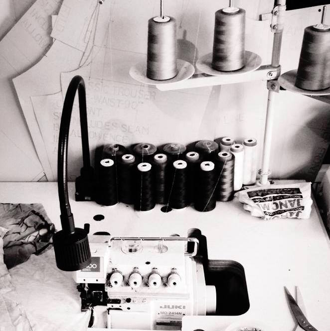 7_Overlocking_Machine:Stretch_Fabric.jpg