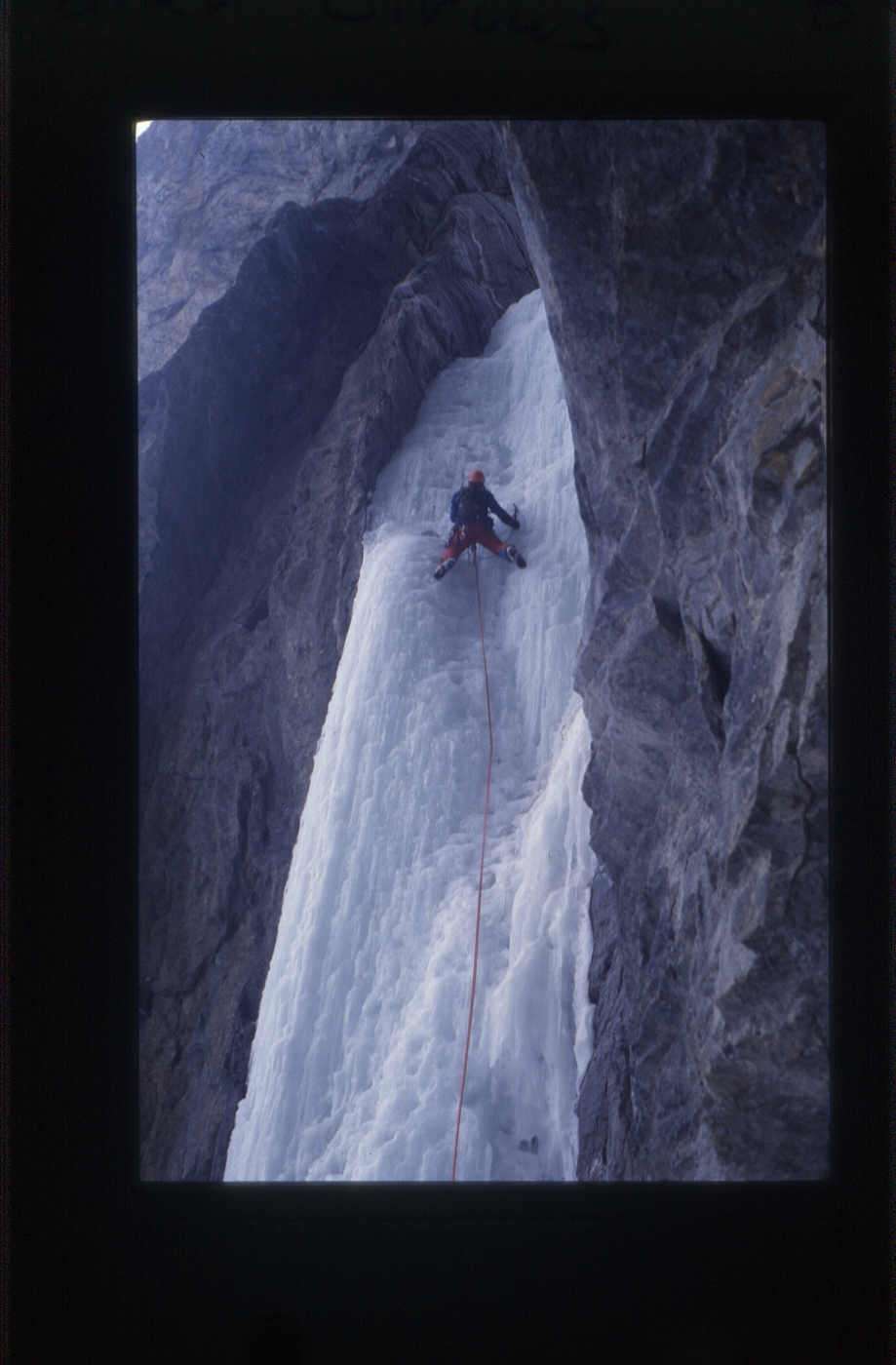 Ken Wylie leading on Polar Circus. February 1985 Photo: Jeff Nazarchuk.