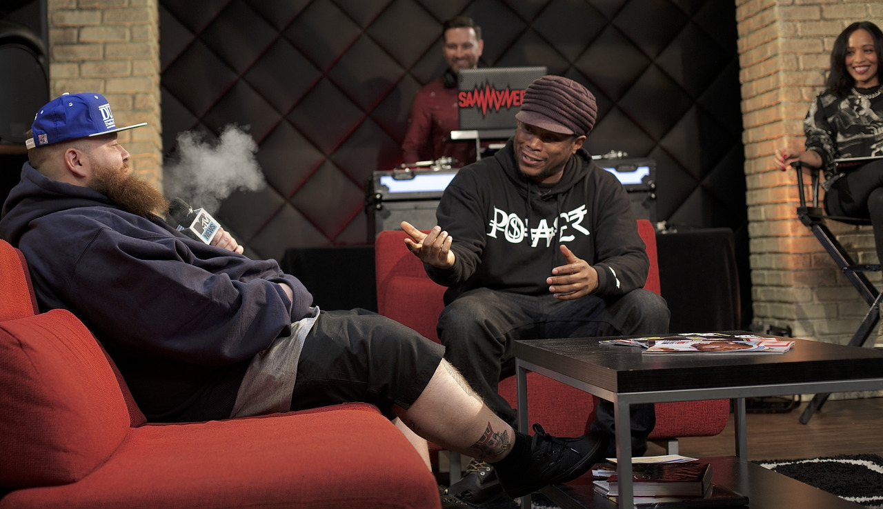@ actionbronson  sparks the @ gpen  live on air with @realsway @ djsammyneedlz @ neweryork     Shot by @jFlei