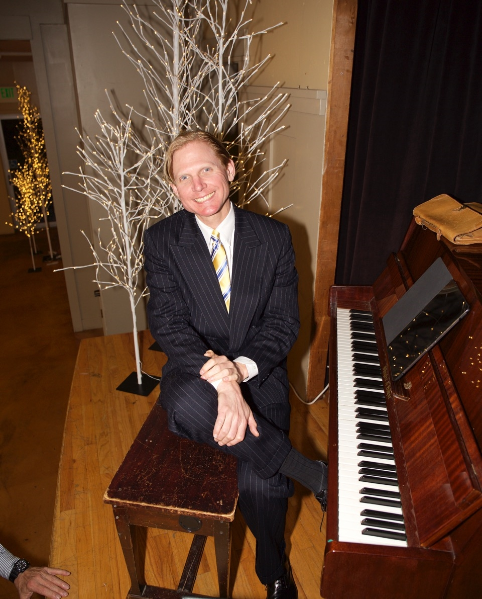 Frederick Hodges, world renowned jazz and Ragtime pianist