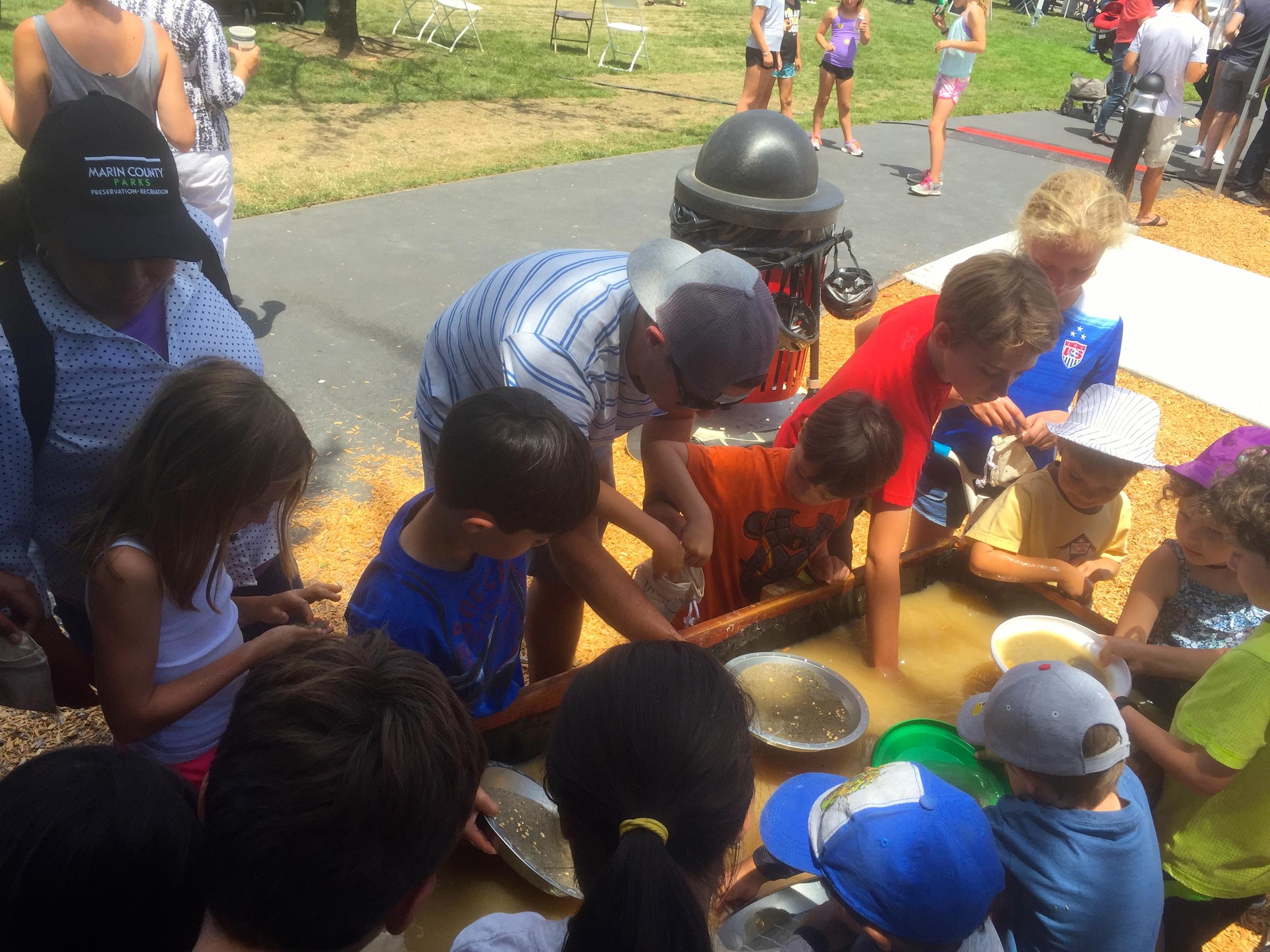 Kids Panning for Gold.JPG