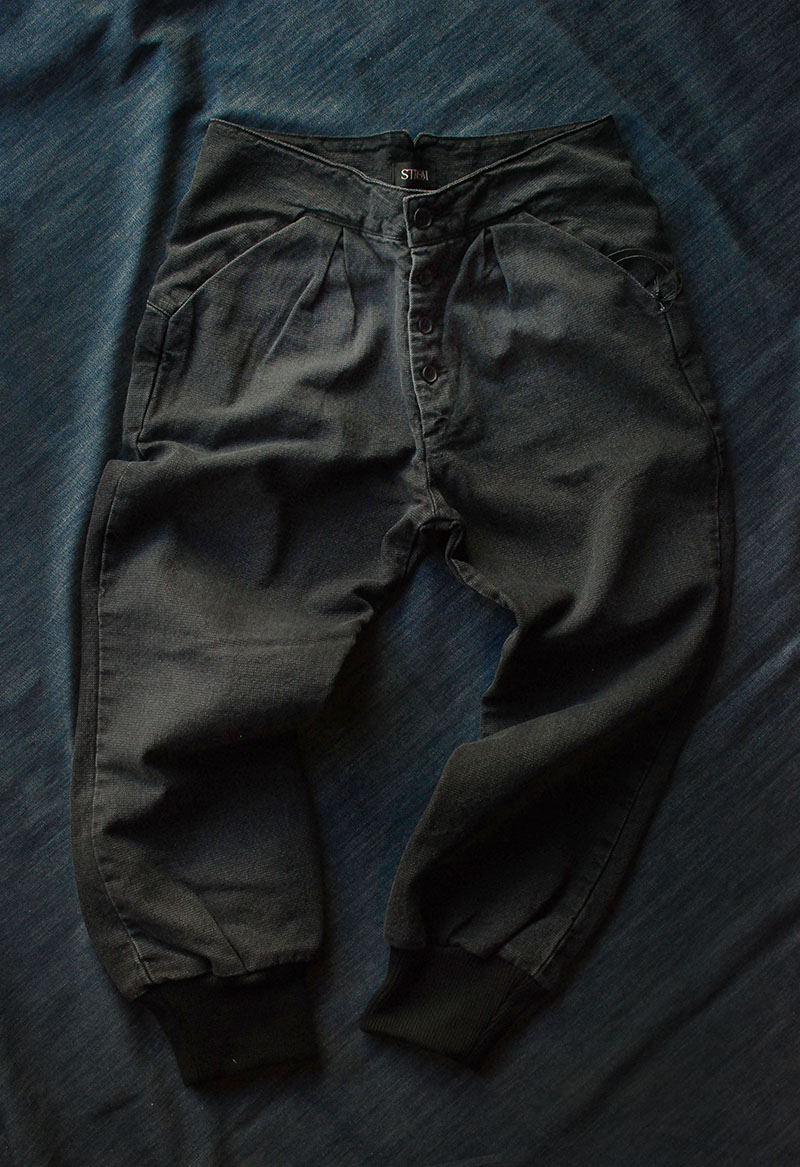 We are now restocked in Strom, which is made in the US. We have added these relaxed pants which takes details reminiscent of western pants, with the shaped pocket and cinch back, and mixing it will a modern shape. We also have stocked the fit, Tio, a high rise skinny jean in both a black and washed denim.