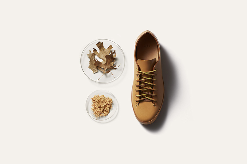FEIT uses vegetable tanned leather. Vegetable tanned leather is superior because it isnon-irritating, soft to the touch, and ages richly over time and is biodegradeable.