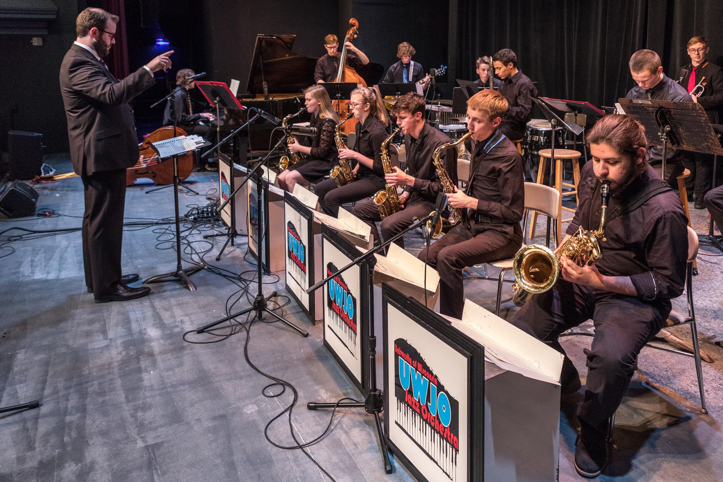 uwmusic-jazzhonorsband-042817-0365.jpg