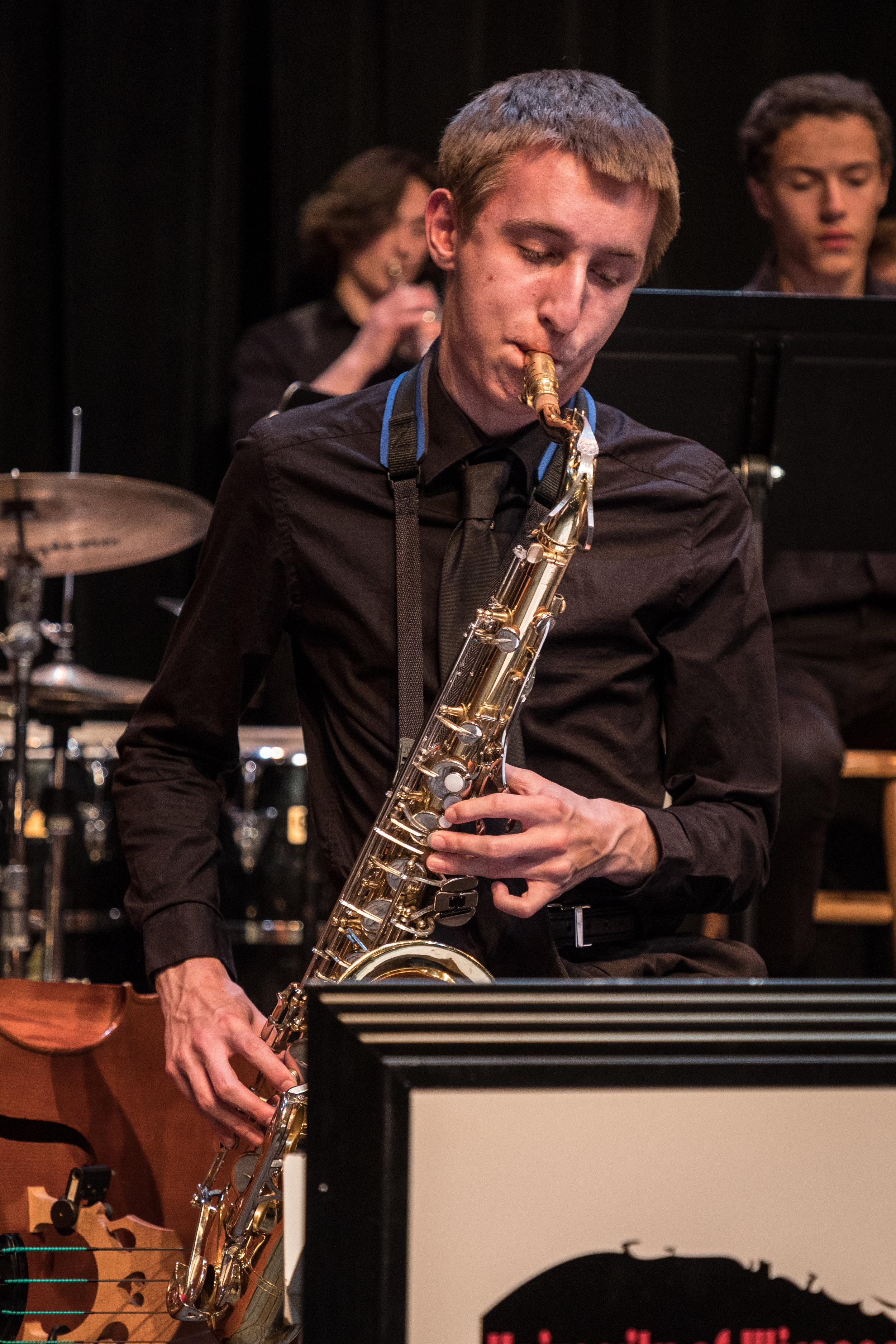 uwmusic-jazzhonorsband-042817-0466.jpg