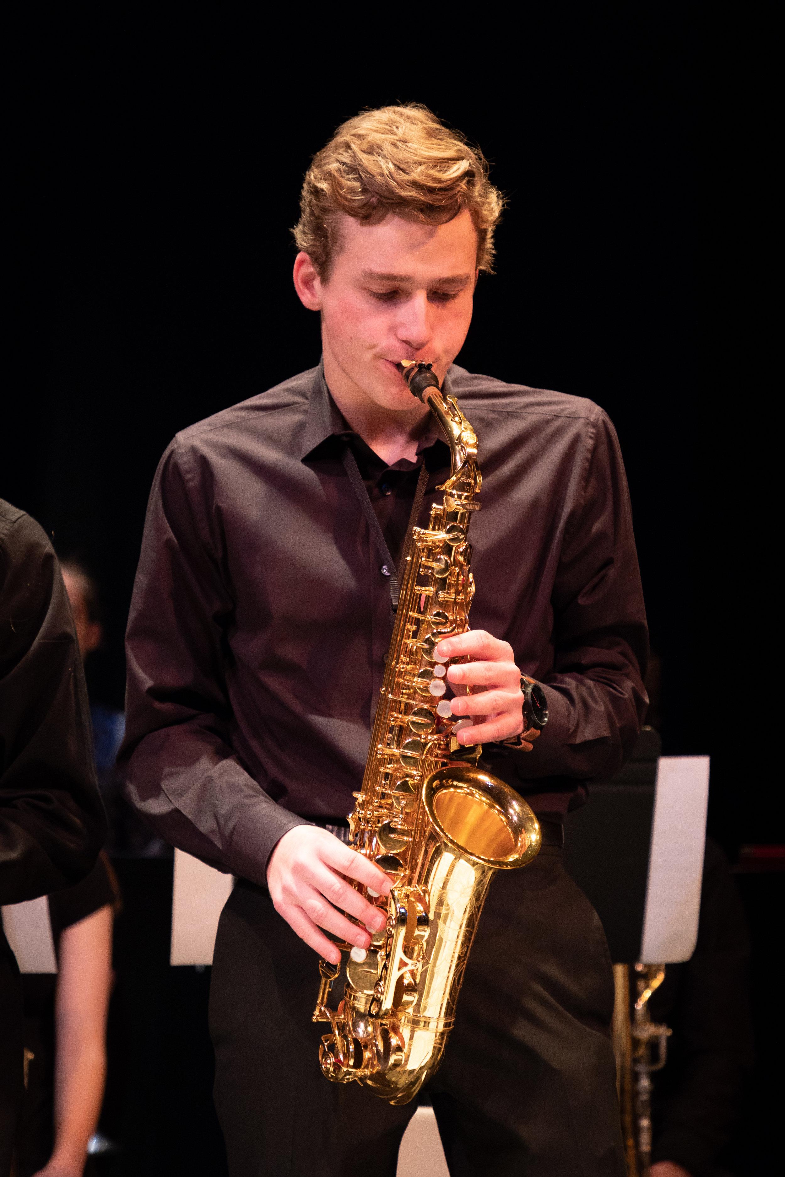 uwmusic-jazzhonorsband-042718-9356.jpg