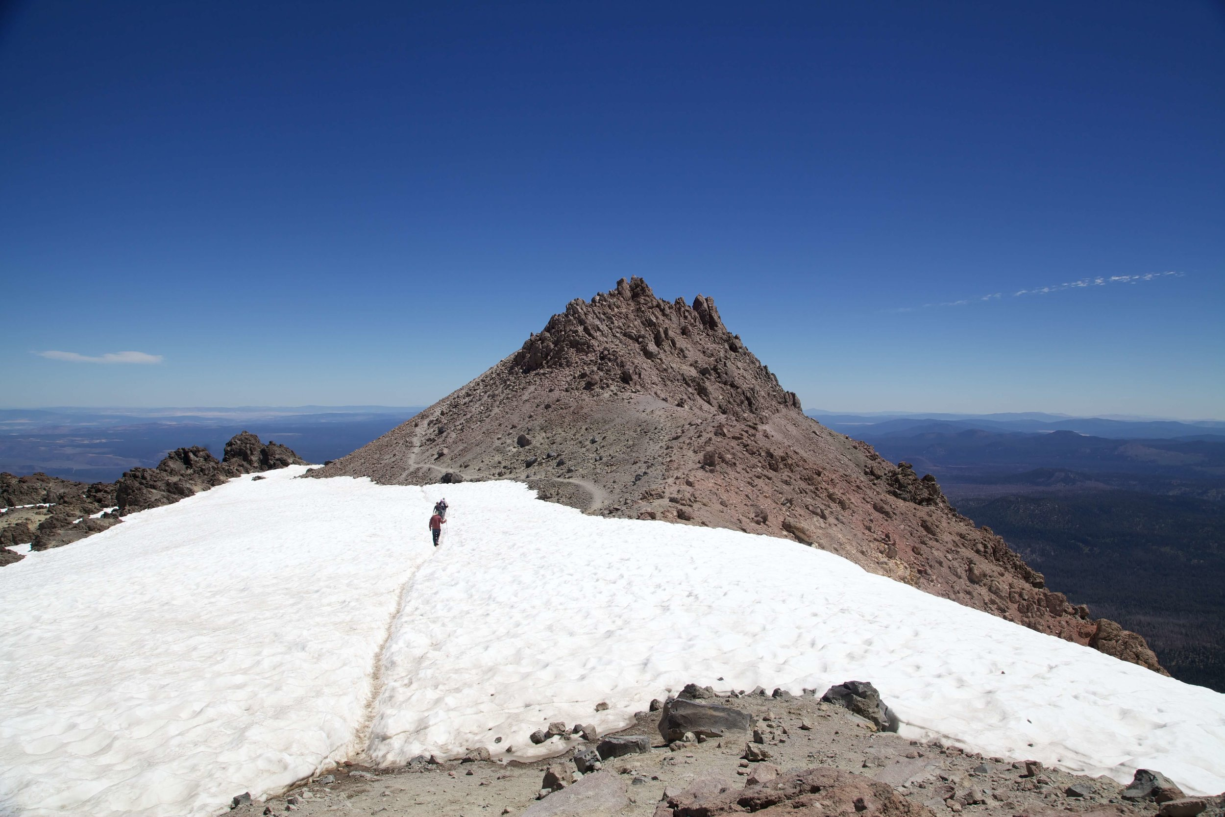 Trekking to the top of Lassen Peak