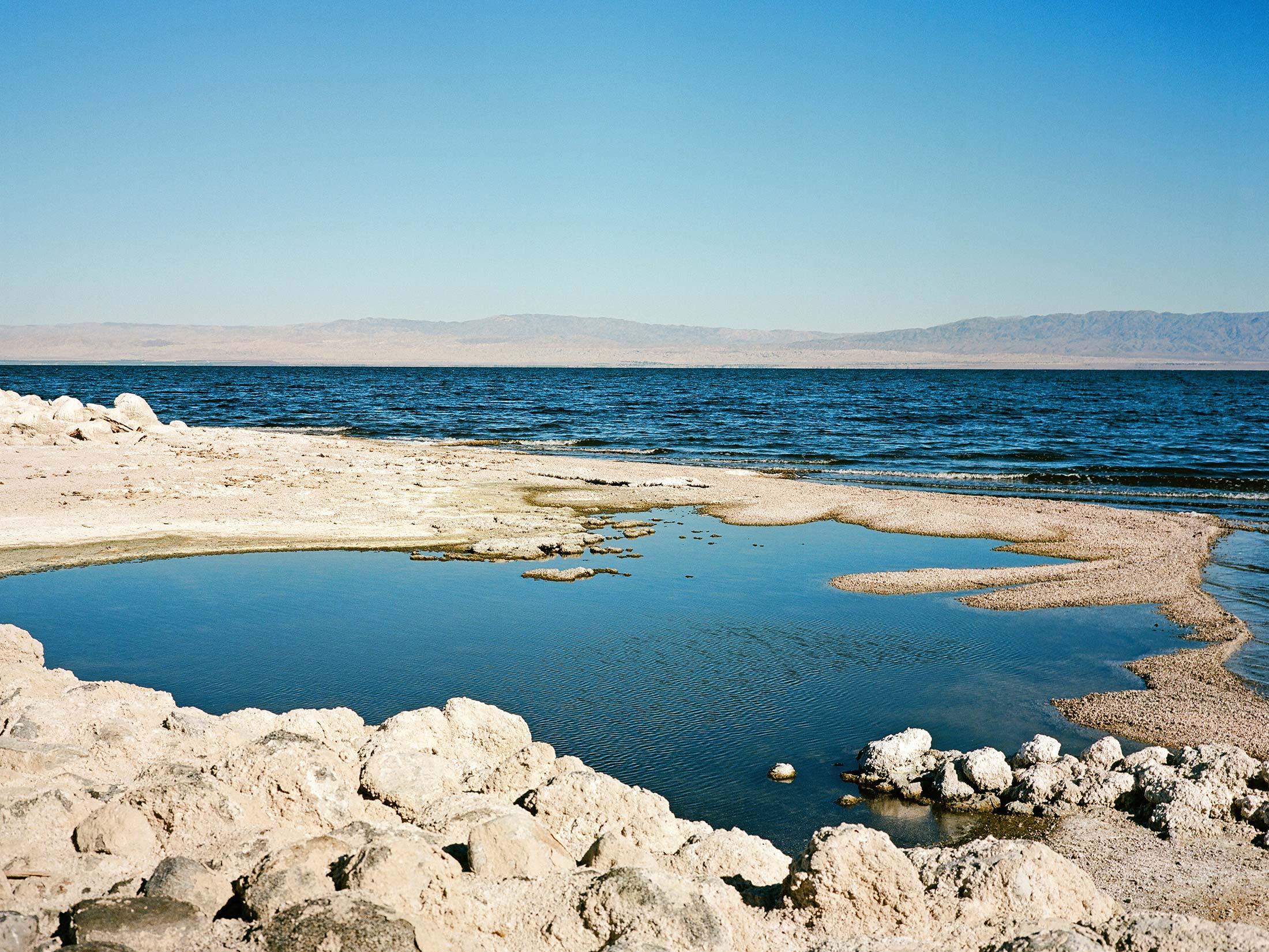 Salton_Sea_Shoreline.jpg