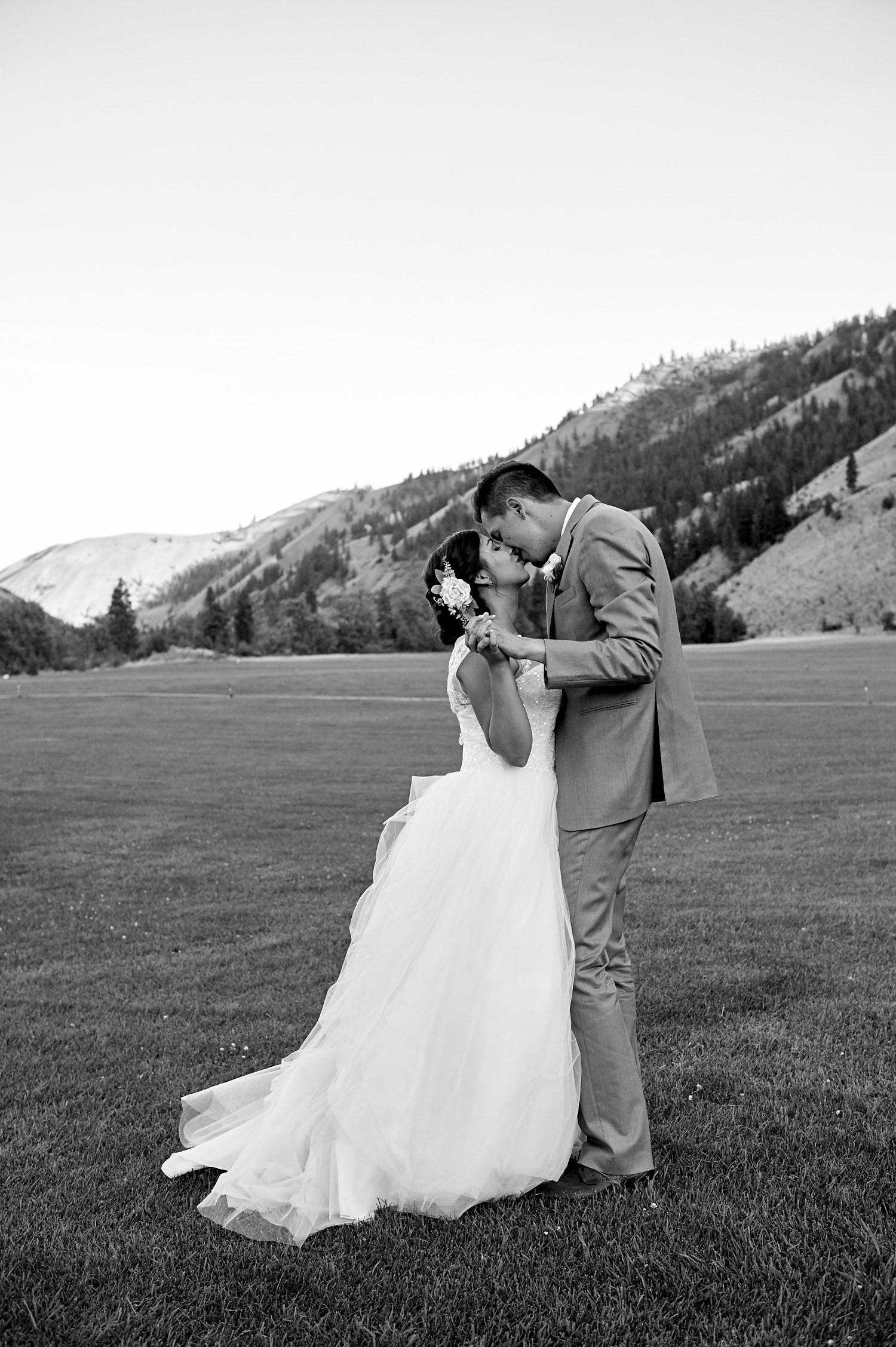 web - T & K wedding__FHX3114 1.jpg