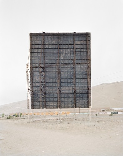 Carlos Jiménez Cahua. Untitled #24 from Lima series. Archival inkjet print on Epson Luster paper.35 x 44 inches.