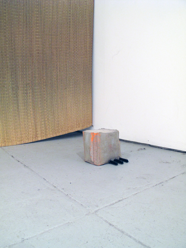 Esther Kläs.  Three Blind Mice  .