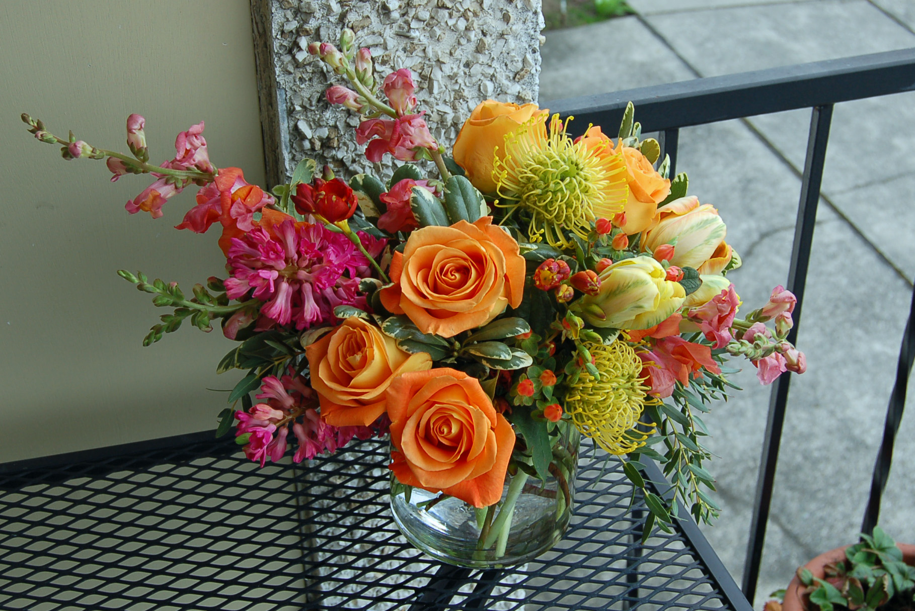 flowers for my anniversary Bond in Bloom.jpg