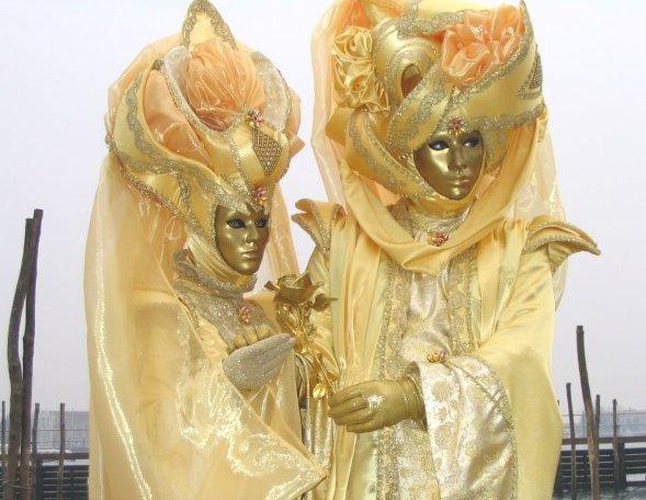 carnevale-di-venezia-venice-carnival-mask-ana-livingston-fine-artist-blog-post-2014-2.jpg