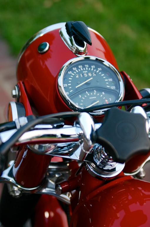 R0A5TR-headlight nacelle.jpg