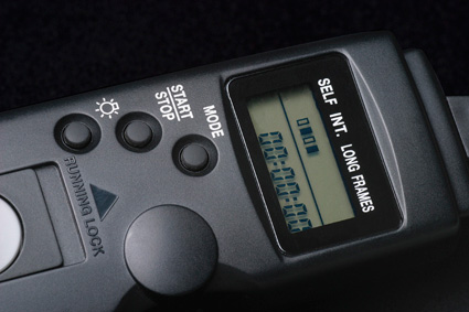 The remote onscreen display and simplisitc button aragment for one hand use.