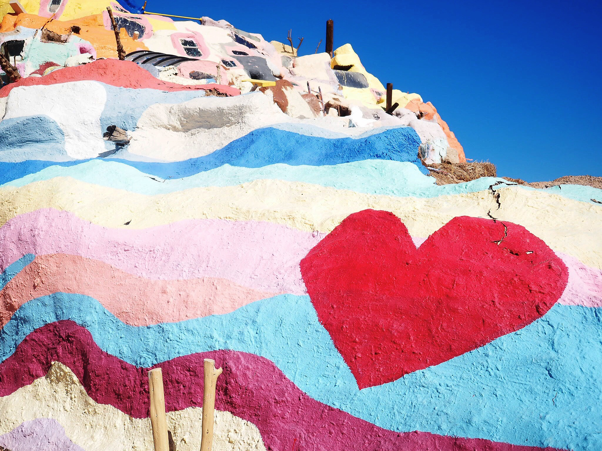 PHOTO DIARY: SALVATION MOUNTAIN + SLAB CITY -