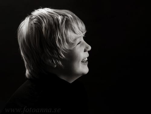 fotograf trosa FotoAnna porträtt Lukas