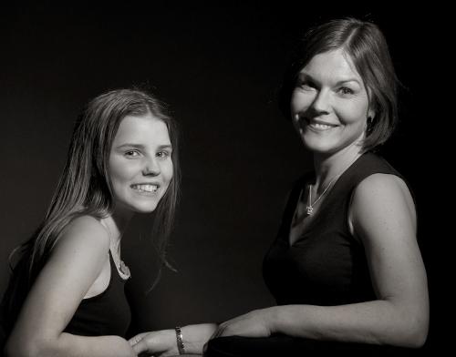 Gisela Nilsson med dotter hos fotograf FotoAnna Trosa