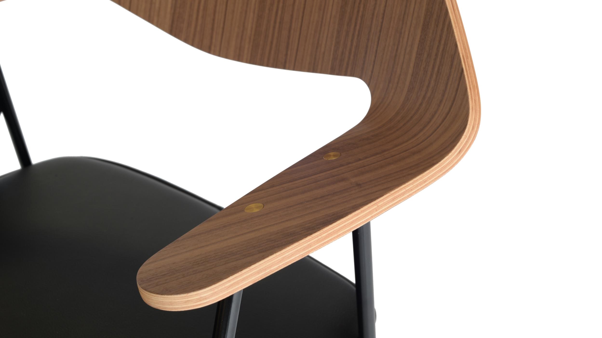 Robin Day Case 675 chair - detail