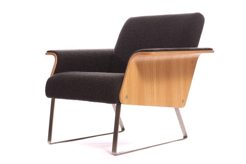 Robin-Day-Avian-chair-model-twentytwentyone.jpg