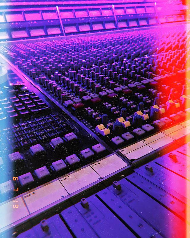 Let the recording process begin! • • #sweatbandfunk #funk #musician #talentedmusicians #recording #minneapolis #newmusic #funkrock