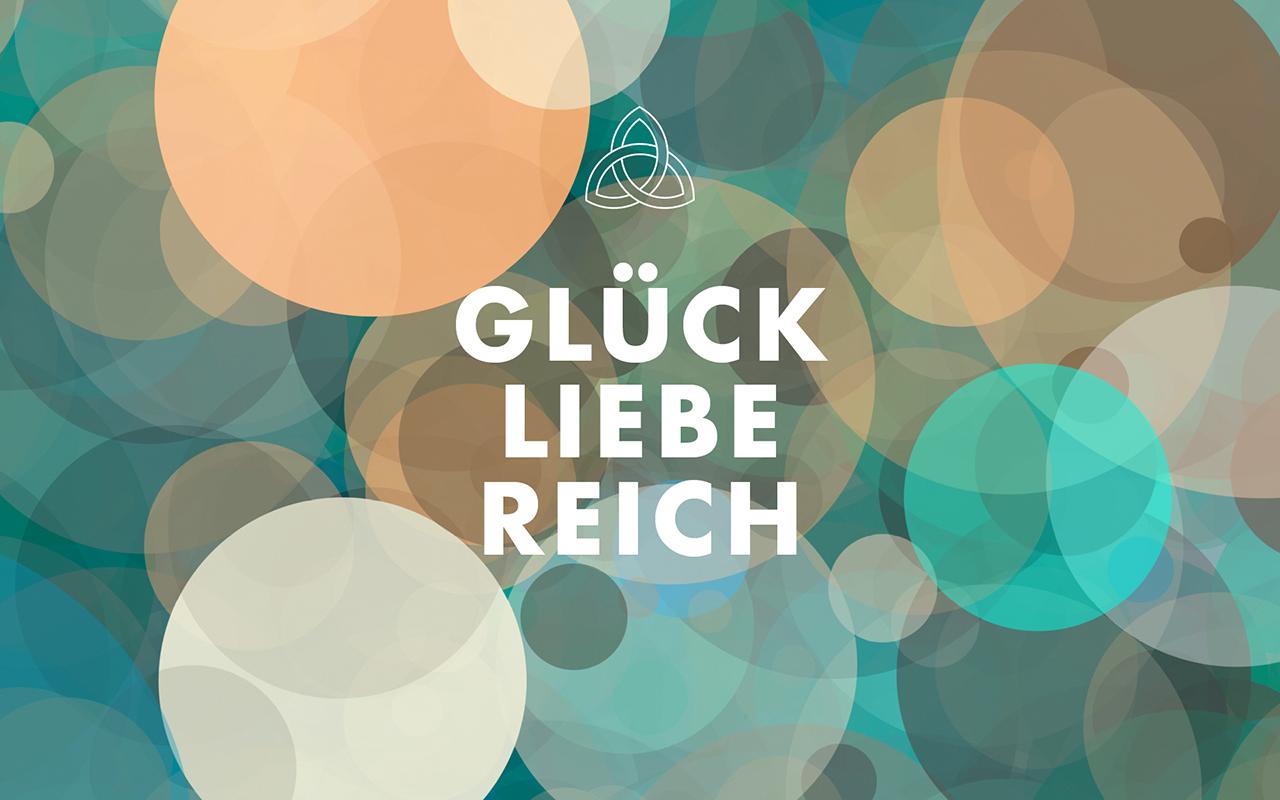 Wallpaper_TRINITI_5_Glueck_Liebe_Reich