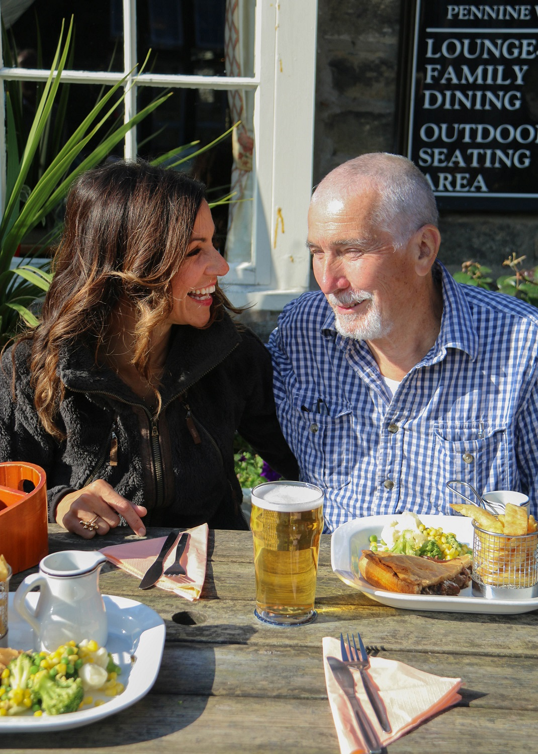 Julia Bradbury catches up with her dad Michael over a pub lunch in Edale