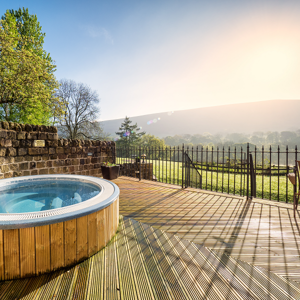 Outdoor Hot tub on the Terrace