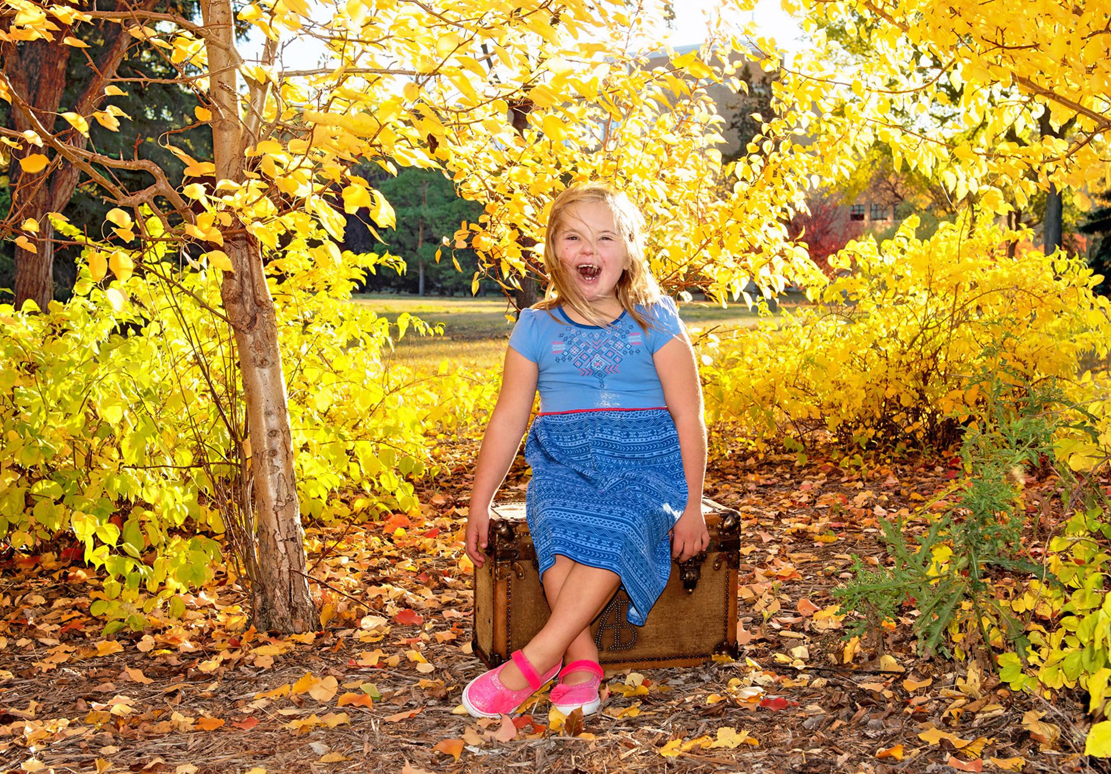 you-are-my-sunshine-fall-sessions-regina-free-lense-photo-06.jpg