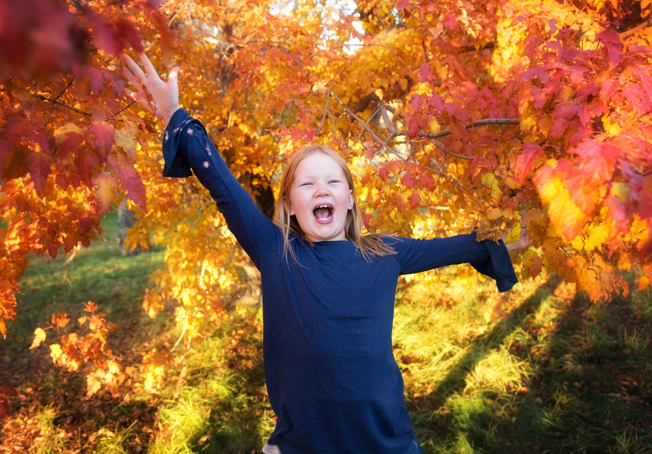you-are-my-sunshine-fall-sessions-regina-free-lense-photo-11.jpg
