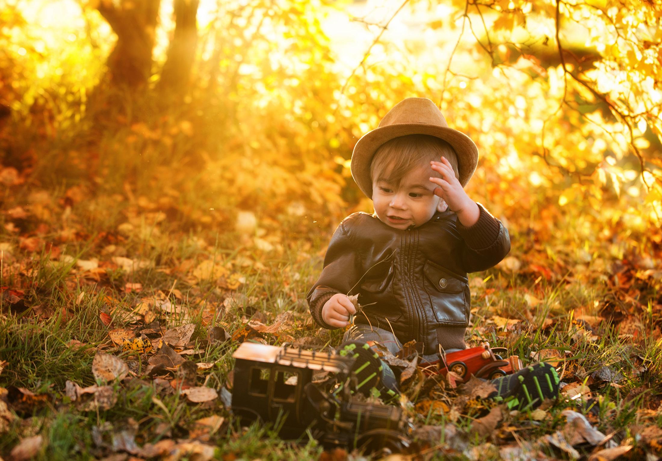 you-are-my-sunshine-fall-sessions-regina-free-lense-photo-30.jpg