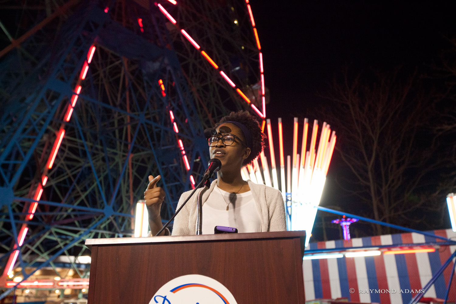 Deutch_Maya Sanders Reads at Wonder Wheel May 2015.jpeg