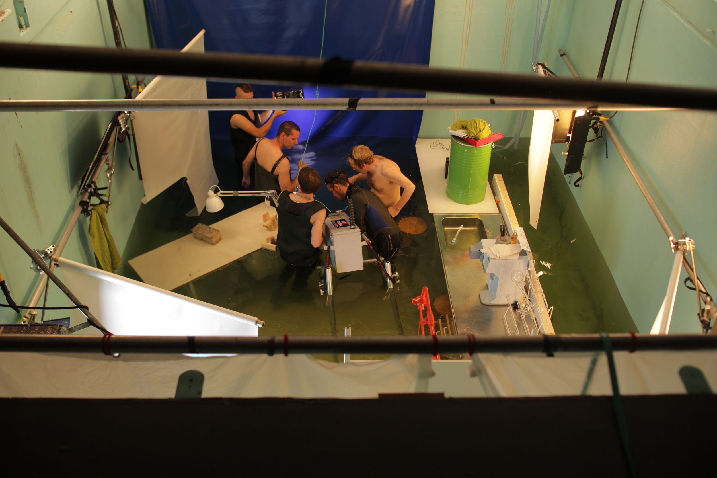 H.M. Selder and crew submerging the A-Cam dII.