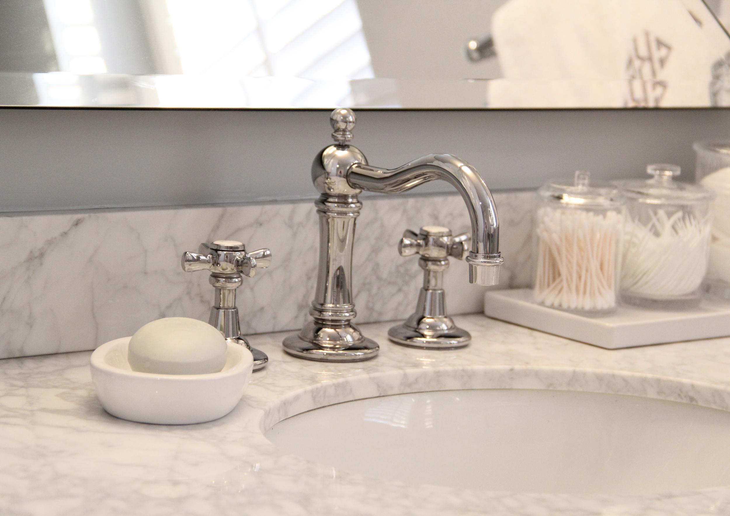 Bathroom Countertop Decor Redefining