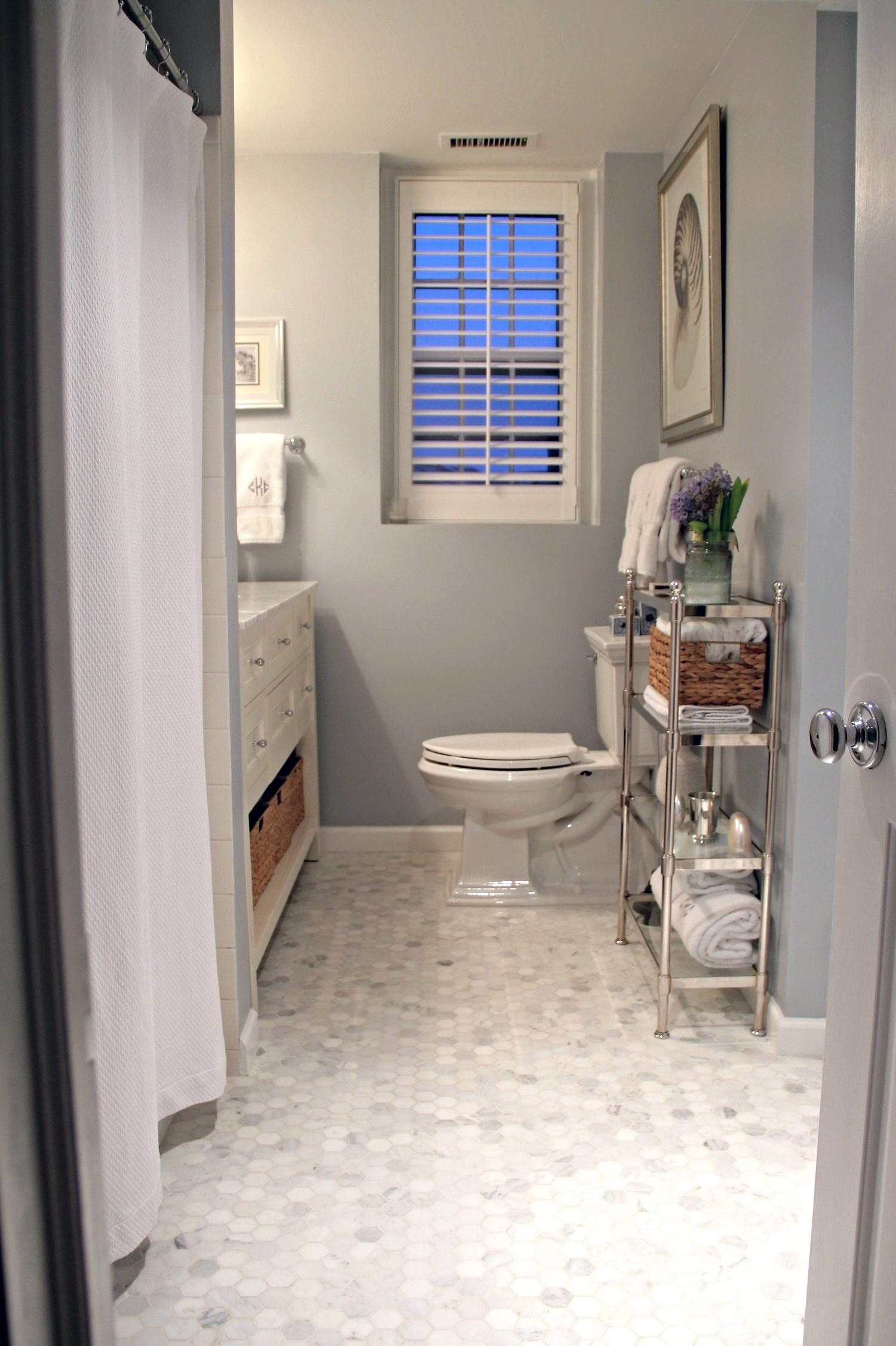 Bathroom no Bath Mat.jpg