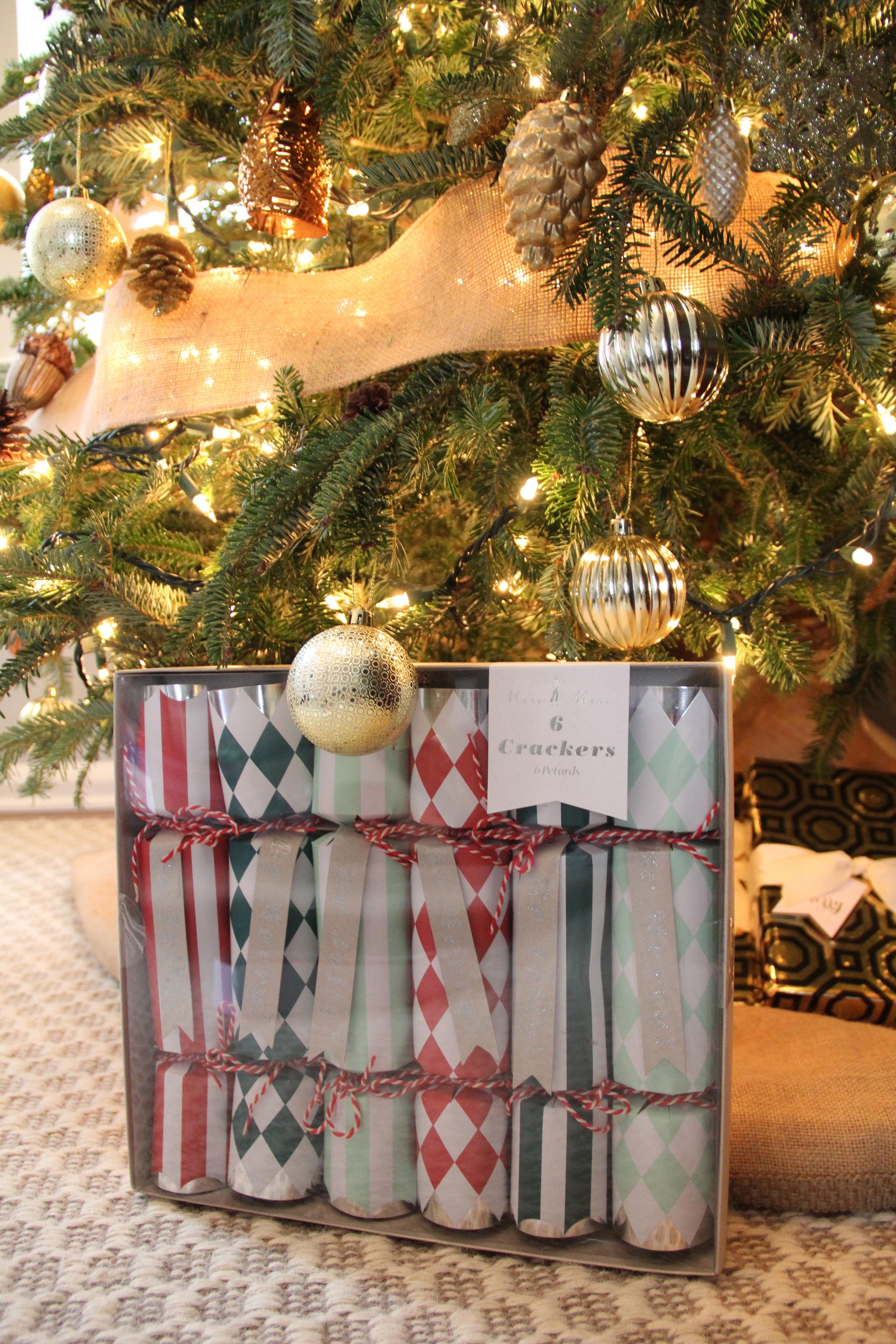 Meri Meri Christmas Crackers Box.jpg