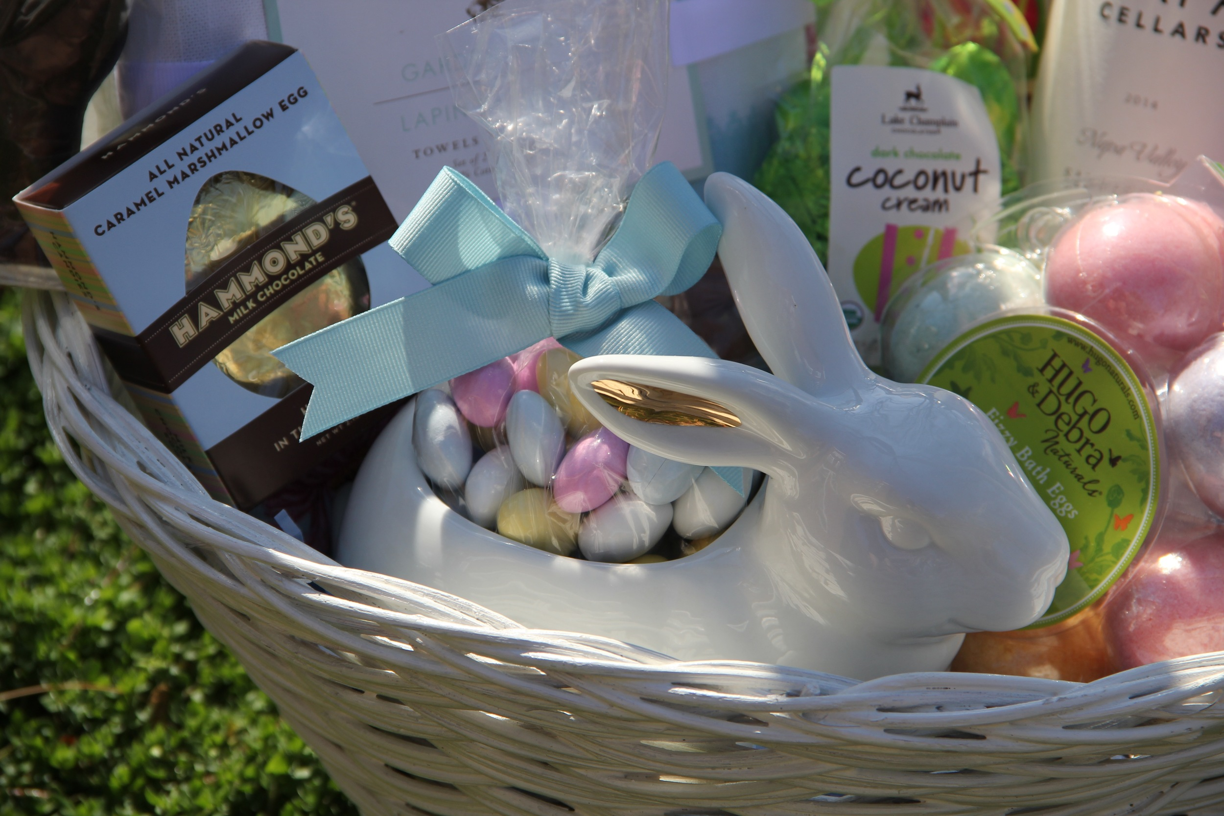 Easter Bunny Candy Dish.jpg