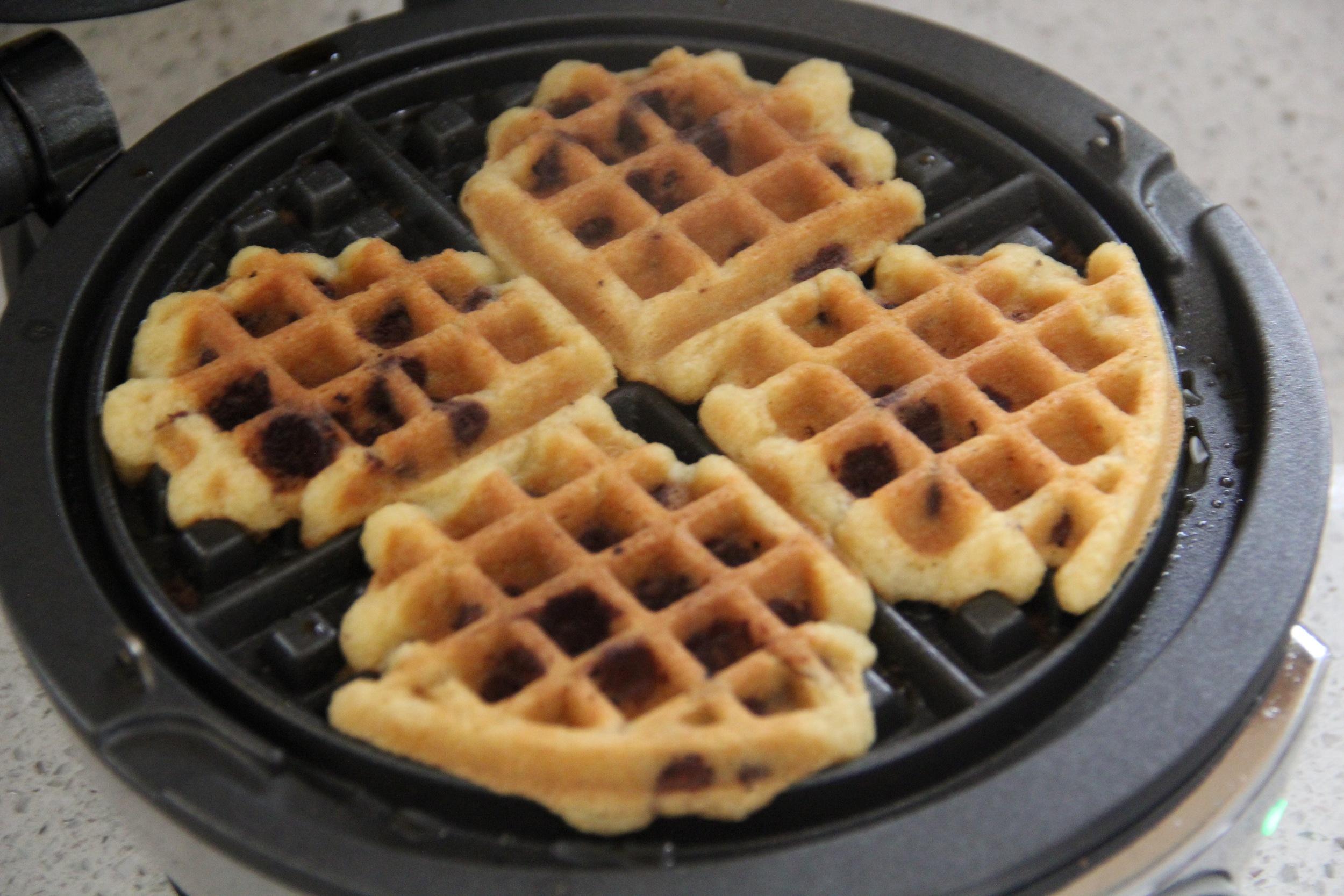 Waffle Icecream Sandwiches Step 2.jpg